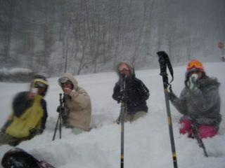 スノーシュー半日ツアー 雪の中を思いっきり歩こう!【4〜6名ご予約はこちら】