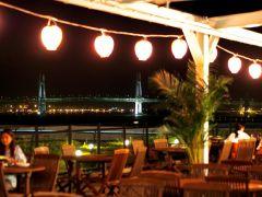 横浜港が目の前に広がる抜群のロケーションをお楽しみください。
