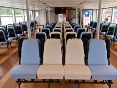 船室(1階席)
