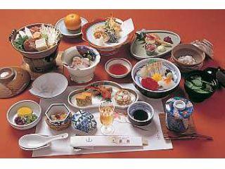 写真は一例です。 季節や時期によってお料理や食材が変わりますのでご了承ください。