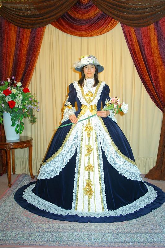 ☆ドレスを着て貴族に変身☆…すべてフリーサイズです!☆