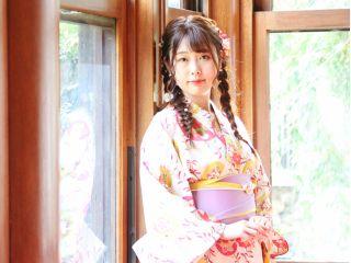心地よい光に包まれて、大正ロマン溢れる写真の数々。こんな京都もいかがですか?