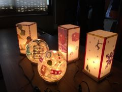 せっかくだから、京都らしい体験を・・・と思ったら、和紙あかり手作り体験(^^♪