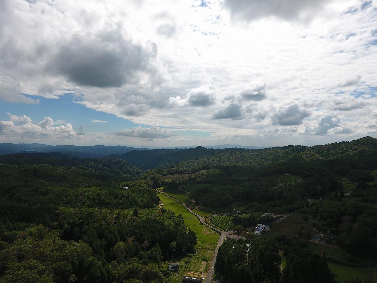 ドローン操縦体験!!京都唯一の村!日本遺産認定 「宇治茶の茶園」の空へ!