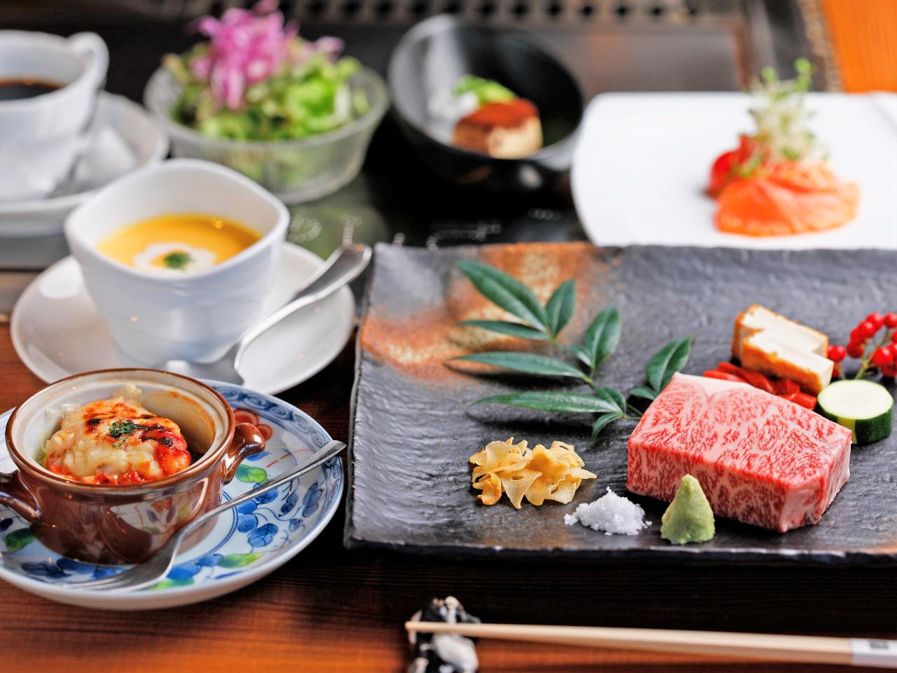 【ステーキ割烹の日帰りランチコース】~花~hana~前菜2種・季節の焼野菜・特選...