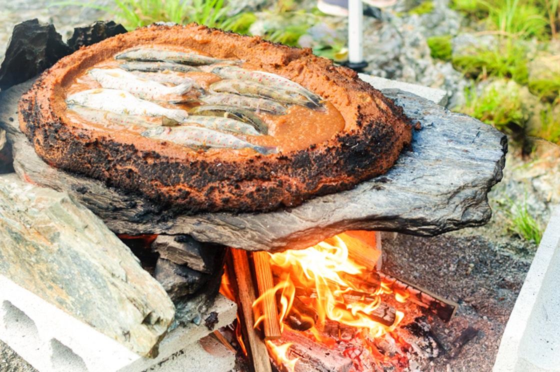 2022年4月より再開予定【西祖谷×食体験】石の上で食材を焼くBBQ!『ひらら焼...