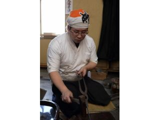 【亀岡】刀工に学ぶ!京都で唯一の本格刀剣作り体験