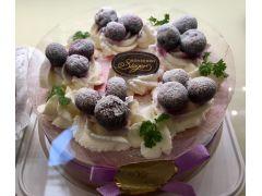 つくばで大人気のケーキ屋「シーゲル」さんで当園のブルーベリーが使われています!