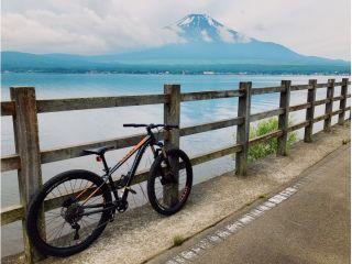 オリンピック自転車競技のコースにもなっている山中湖を一周!