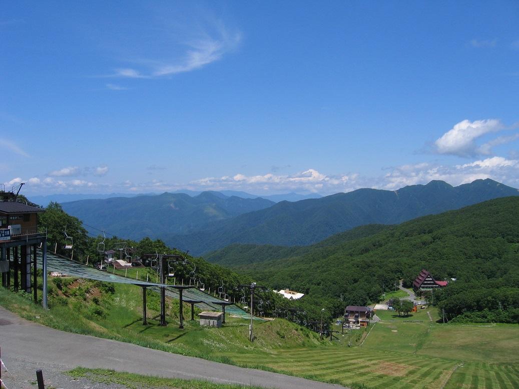 【夏山リフト】エメラルドグリーンのドッコ沼へ散策に出かけよう♪蔵王の自然・景色を...