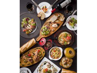 【ワイワイ楽しめるディナー!スペインバルコース】スペインバルのお料理を楽しむ♪食事としても勿論、ワインとの相性も抜群です♪