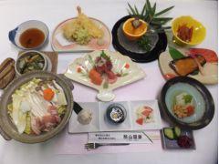 旬の食材を使用した家庭的な和食が中心です!