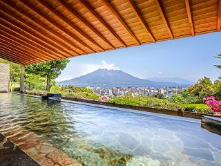 桜島一望、露天風呂!