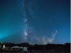 「最後に星空を見たのっていつだろう」満点の星空に思わずしみじみ。
