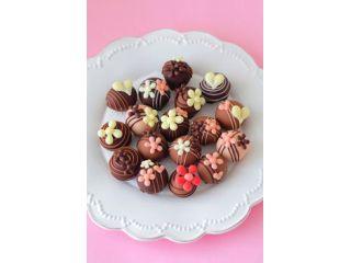 樹脂粘土のポップなチョコレート&クッキーをTV・映画ロケ地の町家で制作するワークショップ!
