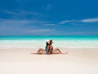 白砂の無人島「幻の島」で一生に一度のおしゃれ写真を撮りましょう!