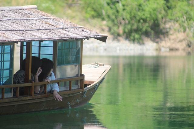 屋形船に乗って仁淀ブルーを満喫プラン ~カップル・女性・ファミリーにオススメ♪~