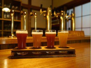 お好み4種飲み比べセット。自家醸造、フレッシュ、レアなクラフトビールを古民家パブでお楽しみください