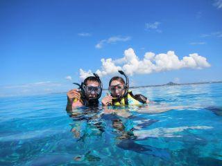 【午前半日 ボートスノーケリング&体験ダイビングコース】《初心者大歓迎》美ら海水族館近くの海で楽々ボートスノーケリング&体験ダイビング♪