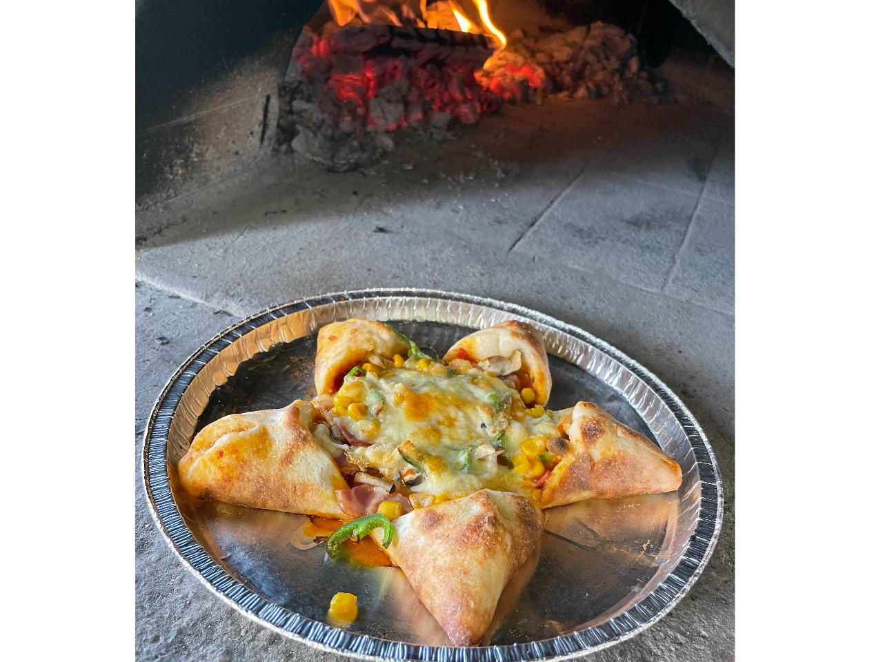 【アグリ体験ツアー】秋冬野菜の収穫と石窯の星形ピザ&スムージー作り