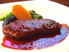 【選べるメイン料理】国産牛肉のステーキ(※写真はイメージです。)