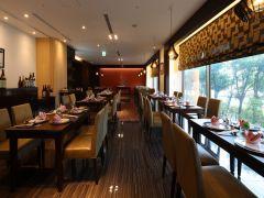 【中国料理レストラン鳳凰】ランチタイム11:00~14:00(L.O.13:30)