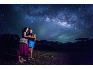 《無料送迎付き》石垣島久宇良天体観測所 流れ星の丘【星空ツアー】管理された私有地で夜行性のハブも安心。星空ガイド・三線ライブ・星空フォト・ハンモック・双眼鏡・望遠鏡