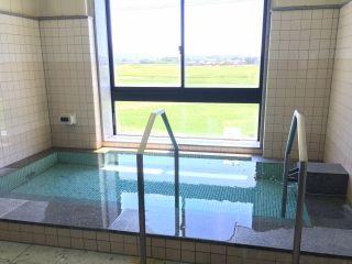 2階の貸切風呂からは田園風景を望むことが出来ます。