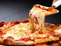 名物釜揚げピッツァに新メニュー「ウニボナーラ」が登場★その他旬の食材でここだけにしかないピッツァをご提供!
