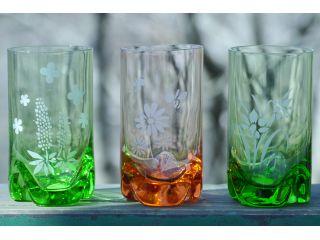 グラス、絵柄は季節によって異なります