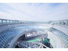 【空中庭園展望台】オープンエアーな空間でダイナミックな大阪の街並みをお楽しみいただけます♪