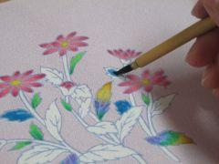 塗る、というより染料を染み込ませる、という作業です