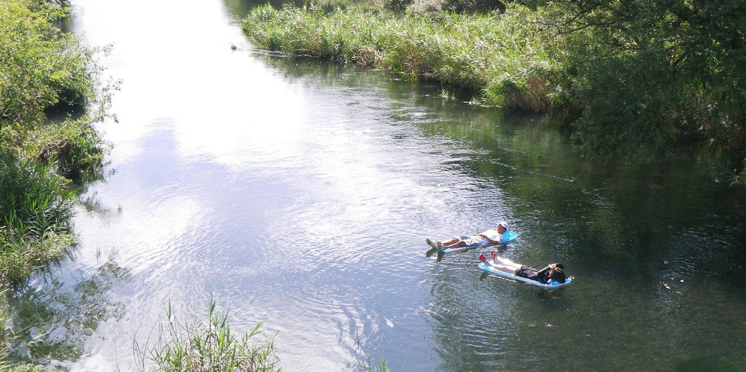 母川ビーチマット漂流旅行<ガイドが撮影した画像データプレゼント♪>