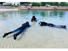 シュノーケリングを始める前に、浅瀬で呼吸の仕方から練習しましょう!