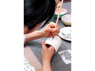 【絵付け体験|お手軽30分】京焼・清水焼の窯元で楽しめる陶芸体験!