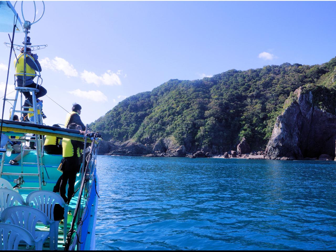 漁師さんの船でのんびり土佐湾クルージング