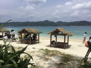 ビーチサイドの休憩施設