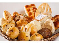 パン屋さんクルール パン