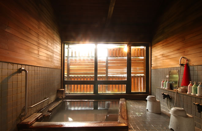 【山形蔵王×日帰り温泉】源泉掛け流しの100%天然温泉を手ぶらでお楽しみいただけ...
