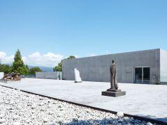 ヴァンジ彫刻庭園美術館 展示棟入り口