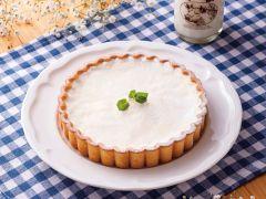 ジャージーミルク、クリームチーズをふんだんに使った、シェフのこだわり手作りスイーツ