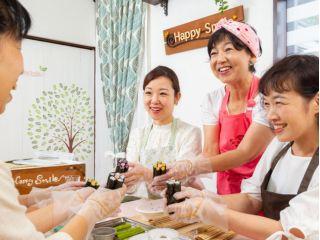 【大阪・河内長野】ご自宅でデコ巻き寿司!パーティーやお祝い事を華やかに!