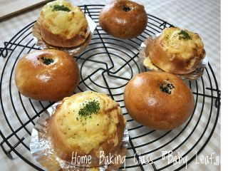 一つの生地で〝あんパン〟と〝オニオンぱん〟を作っていただきます。初心者さまからご参加いただけます。