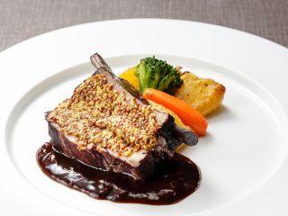 プリフィックスディナー メインの肉料理(例)