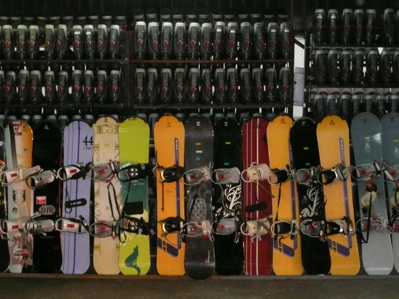 【蔵王温泉スキー場】 スキースノボーセットレンタル 上の台本店