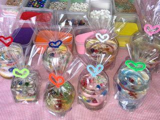 かわいいジェルキャンドル8種類のグラスから選べます。