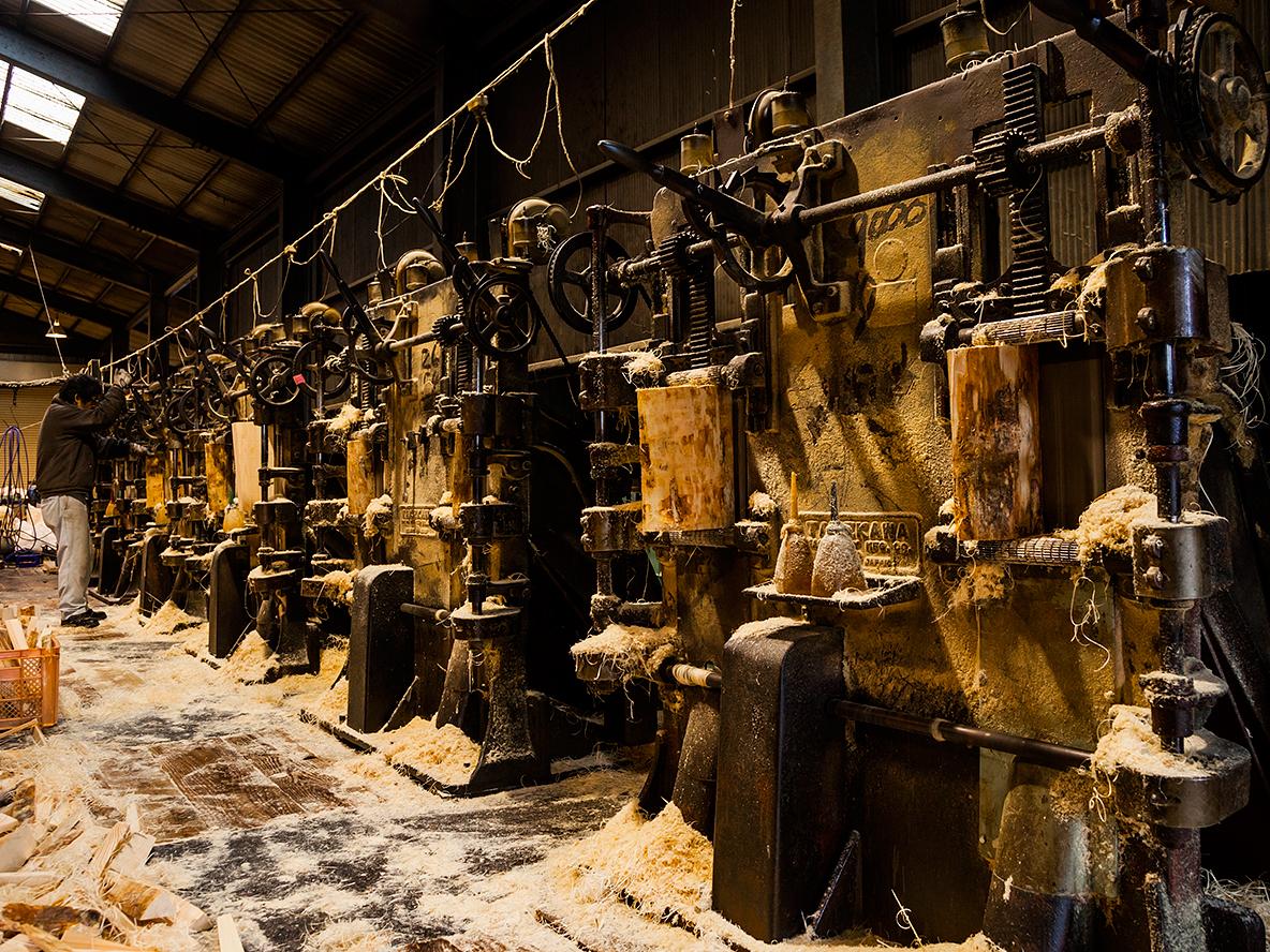 まるで映画の世界!日本唯一の木毛(もくめん)工場見学と桧エッシェンシャルプレゼン...