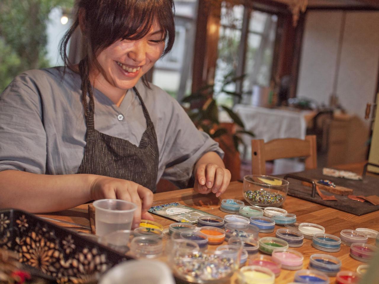 【七宝焼体験】イヤリングやピアス、帯留めetc…お好きなアクセサリーを作ろう(^...