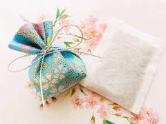 巾着袋と和紙袋にしても可愛いです!