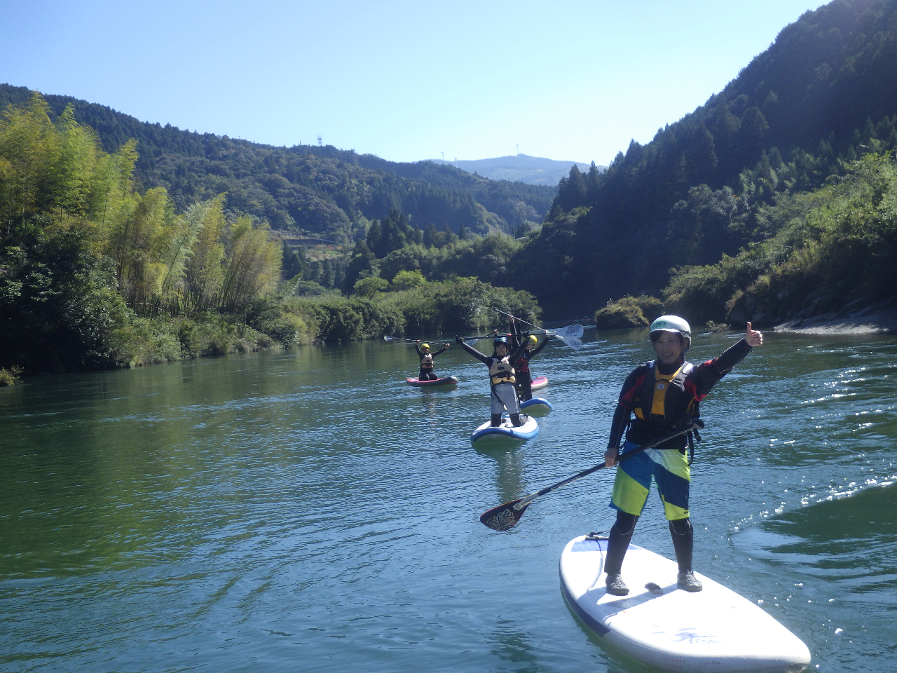 ◆SUP体験◆誰でも気軽に川や海を楽しめます!<半日静水コース>お子様と乗ったり...